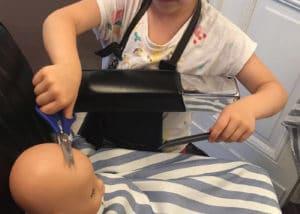 Puppenhaarschnitt